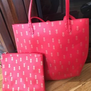 Handbags - Red and gold pineapple tote with big wristlet